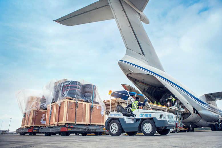 Особенности авиадоставки грузов из Китая